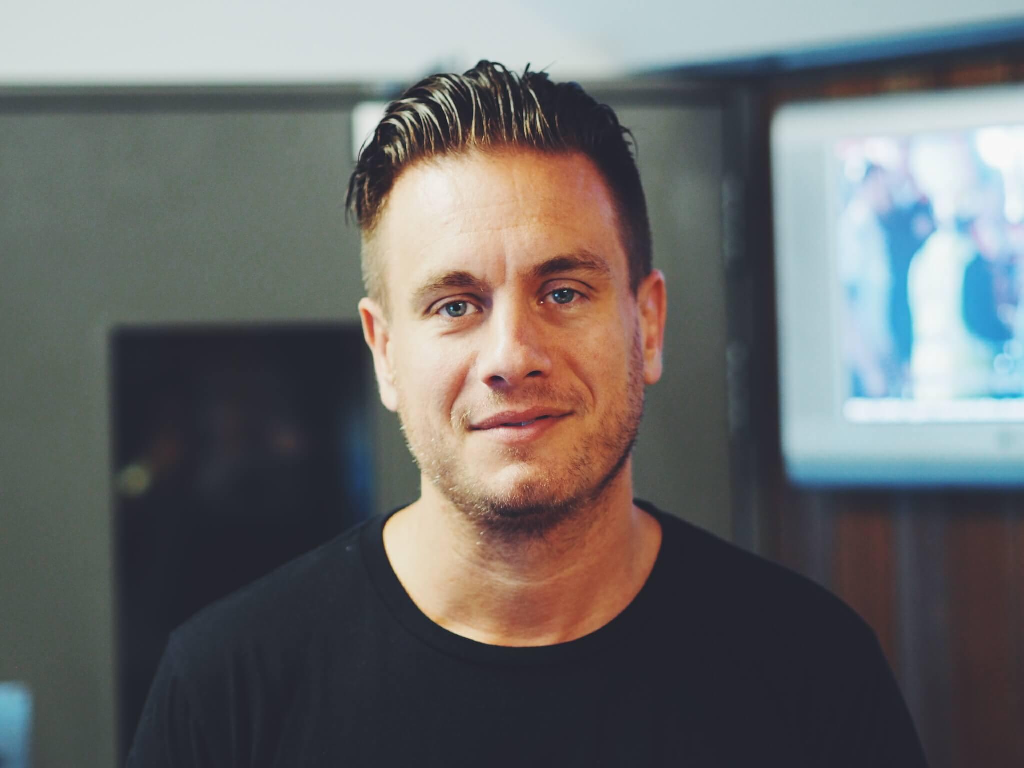 Simon Dell